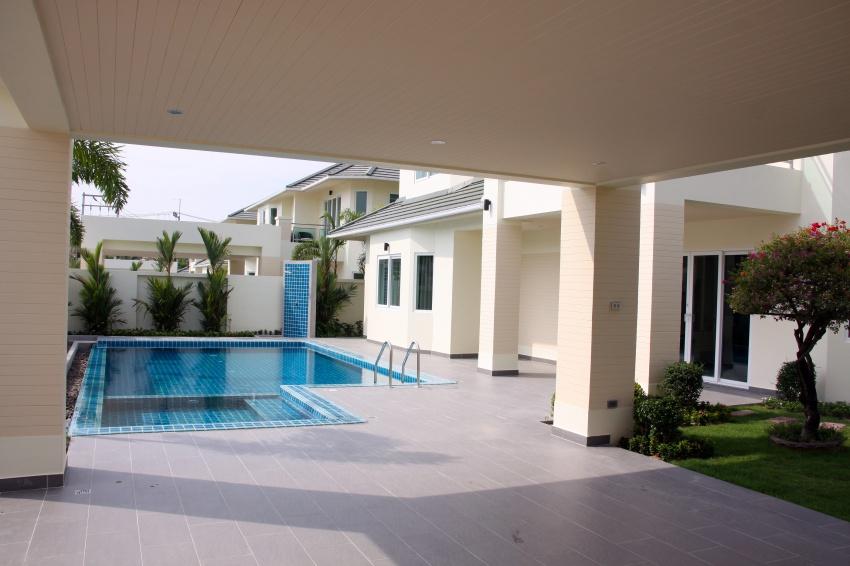 Pattaya village pattaya house greenfield villas pattaya is luxury house in pattaya with garden sport club swimming pool located nearly pattaya beach house